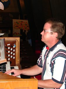 Ray Smith - Organist